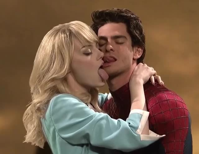 Watch this spiderman GIF by GIF Queen (@ioanna) on Gfycat. Discover more Ew, First, Funny, GIF Brewery, Kiss, Kissing, Live, Night, Saturday, Spiderman, Tongue GIFs on Gfycat