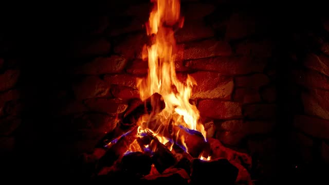Watch and share Fireplace GIFs by inkee08 on Gfycat