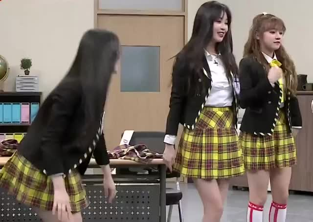 Watch and share Knowing Bros GIFs and Variety GIFs by Hyosung on Gfycat