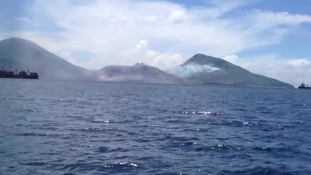Watch Shockwave from volcanic explosion moving clouds (link for the sound of it in comments) (reddit) GIF on Gfycat. Discover more BeAmazed, interestingasfuck GIFs on Gfycat