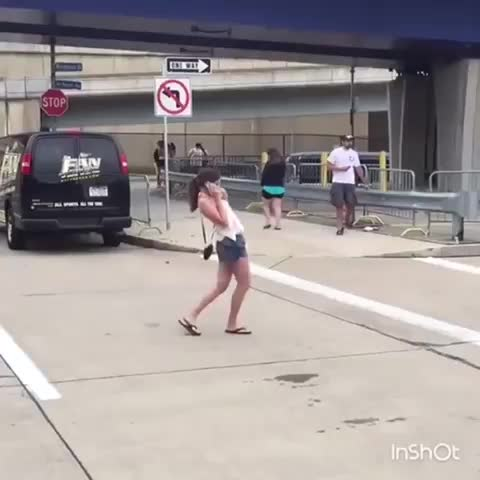 chickoftheboo, HMC while I try some invisible limbo GIFs