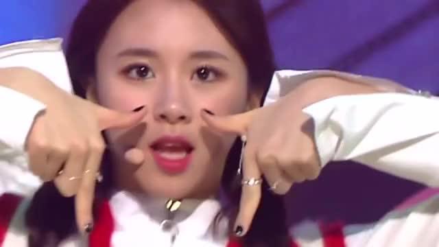 Watch [Comeback & No.1] 161106 TWICE (트와이스) - TT (티티) @ Inkigayo GIF by Koreaboo (@koreaboo) on Gfycat. Discover more related GIFs on Gfycat