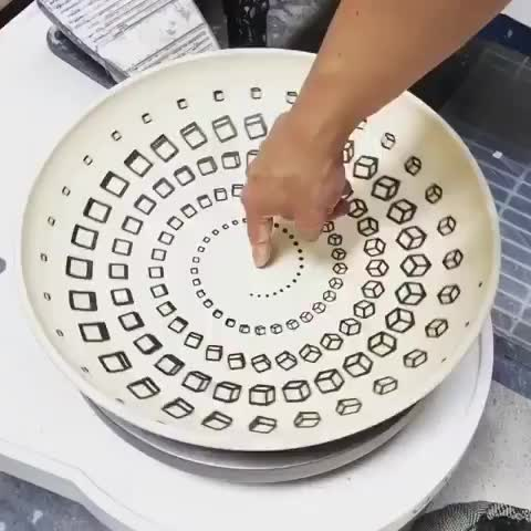 Watch 54704348 1503703196432500 6820421393331519488 n GIF by Ian (@boojibs) on Gfycat. Discover more Trippy, bowl, woah GIFs on Gfycat