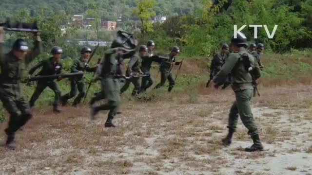 Watch and share Southkorea GIFs and Military GIFs by seattle1989 on Gfycat