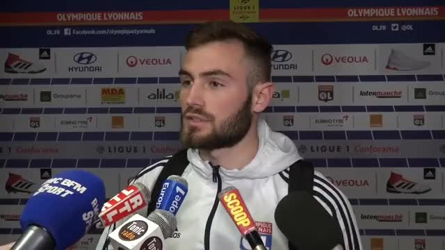 Watch Tousart «On a évité le piège» - Foot - L1 - OL GIF on Gfycat. Discover more Football, amiens, lyon GIFs on Gfycat