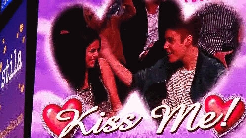 Aw, Celebrity Couple, Cute Couple, In Love, Justin Bieber, Kiss Cam, Love, Selena Gomez, kisscam, Aww! I want this  GIFs