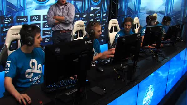 Watch C9 fingering GIF on Gfycat. Discover more GlobalOffensive, globaloffensive GIFs on Gfycat