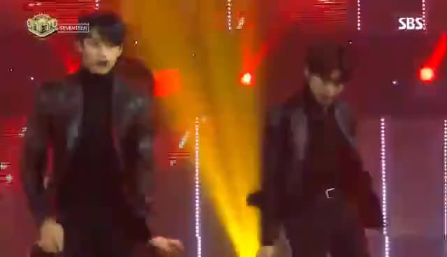 Watch and share 《POWERFUL》 SEVENTEEN (세븐틴) - HIGHLIGHT @인기가요 Inkigayo 20170122 GIFs on Gfycat