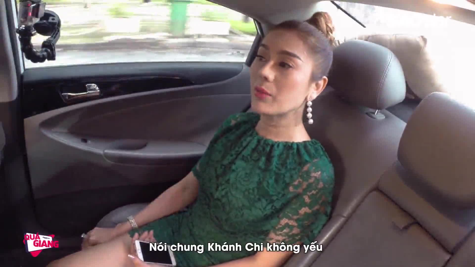 Clip: Lâm Khánh Chi lần đầu tiết lộ khả năng chăn gối với bạn trai!