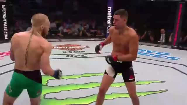 Watch McG layered counter combo GIF by @pwwashingtonpost on Gfycat. Discover more mma GIFs on Gfycat
