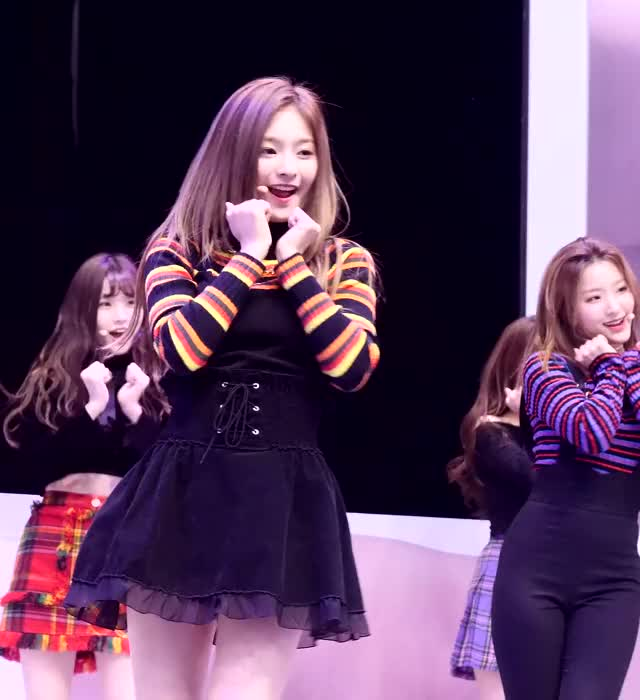 Watch 190323 이나경 Nakyung 프로미스나인 fromis 9 '투하트 To Heart' 4K 60P 직캠 @ 광화문 KT 행사 by Spinel GIF by Hyosung (@hyosung) on Gfycat. Discover more Gwanghwamun KT Event, Kpop, Nakyung, To Heart, fromis_9 GIFs on Gfycat