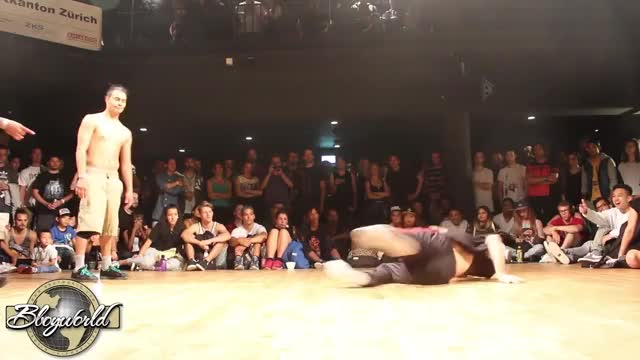 Watch and share Bboyrobin GIFs and Footwork GIFs by pantsarenapkins on Gfycat