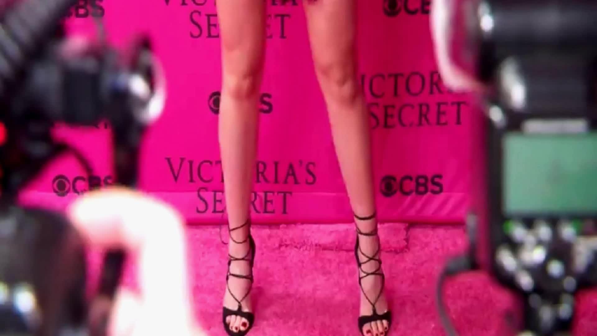 IrelandBaldwin, irelandbaldwin, Ireland Baldwin ~ Victoria's Secret Fashion Show After Party [2015] GIFs