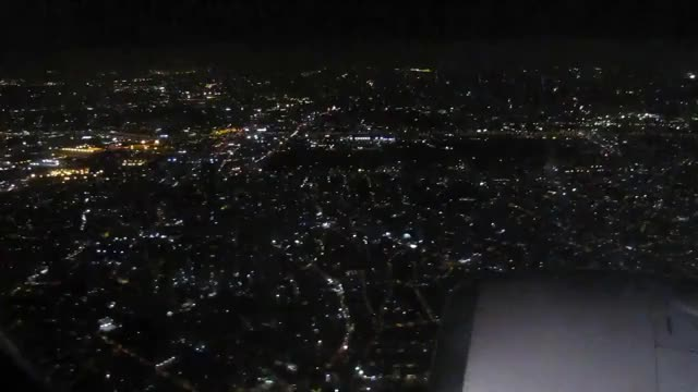 Watch and share Night Landing In São Paulo (Guarulhos) On Gol 737-700 GIFs on Gfycat