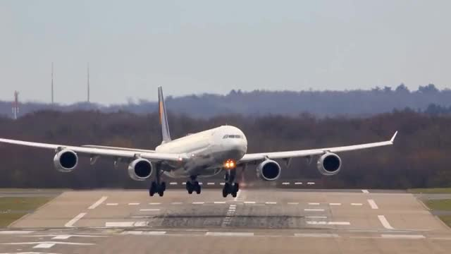 Watch and share Crosswind GIFs and Boeing767 GIFs on Gfycat