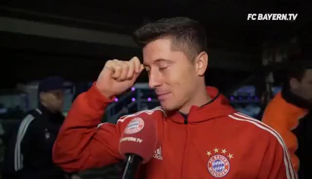 Watch and share Lewandowski, James Und Ulreich Zum 3:0-Sieg Auf Schalke GIFs on Gfycat
