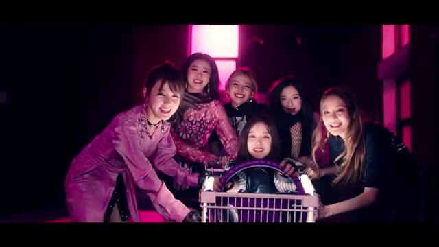 Watch [MV] (G)I-DLE ((여자)아이들) _ LATATA GIF by s-oojin (@soojin) on Gfycat. Discover more 1theK, Kpop, MV, Teaser, loen, 로엔, 뮤비, 신곡, 원더케이, 티져 GIFs on Gfycat