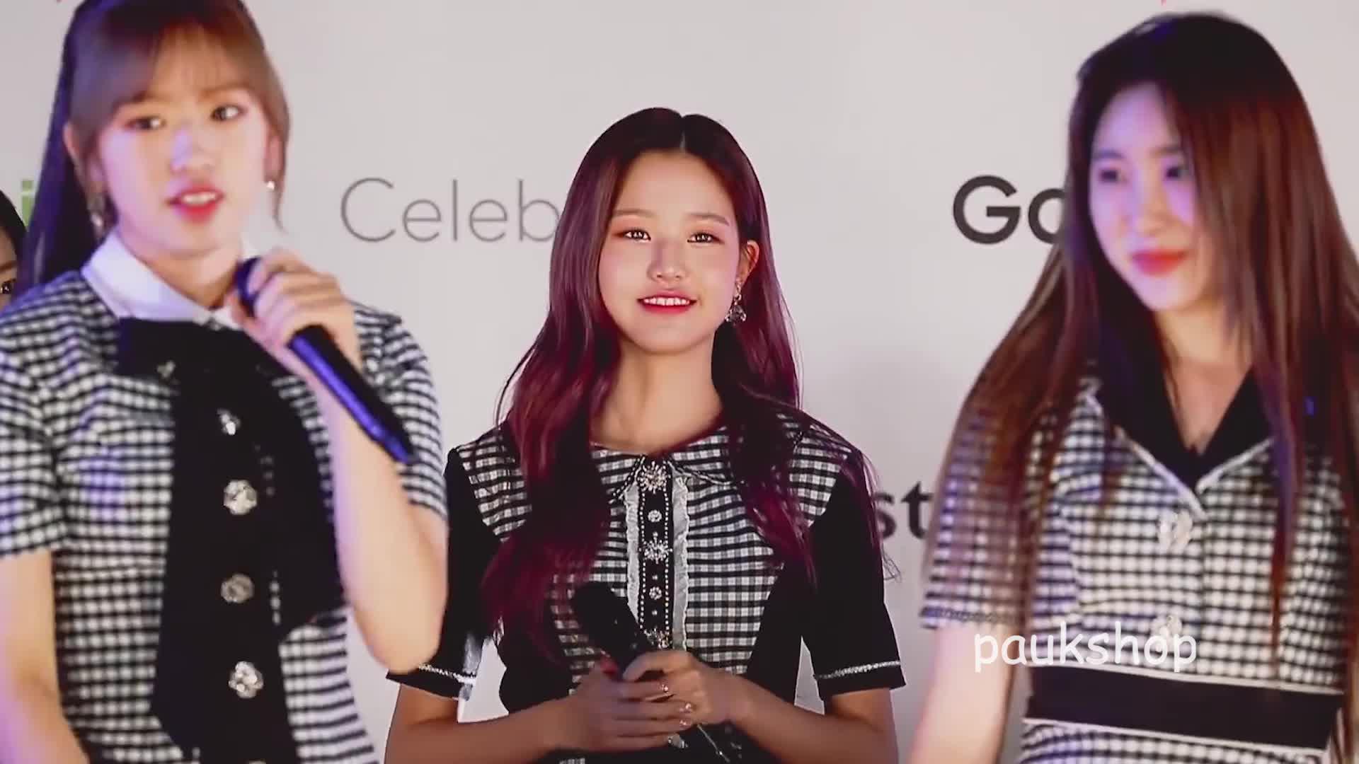 confused, dalla dalla, iz*one, izone, jang wonyoung, kcon, kcon japan 2019, wonyoung, Inside the mind of Wonyoung GIFs