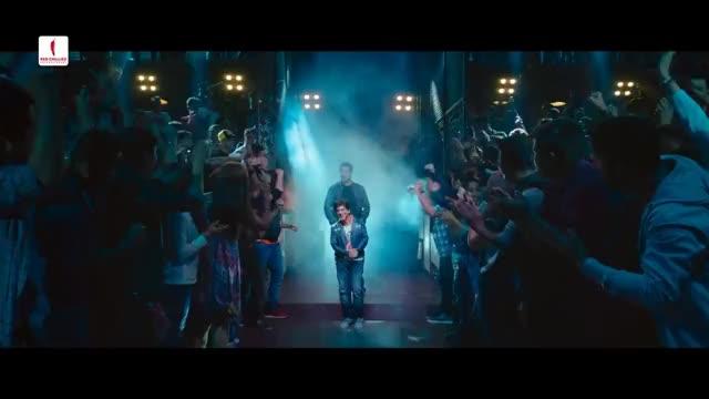 Watch Zero GIF on Gfycat. Discover more SRk, celebrity, celebs, salman khan, shah rukh khan GIFs on Gfycat