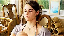 Watch shailene woodley; GIF on Gfycat. Discover more by vamsi, gifs, movie, the descendants GIFs on Gfycat