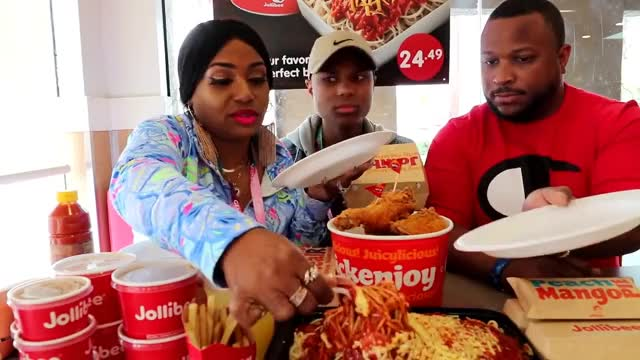 Watch Jollibee Family Mukbang GIF on Gfycat. Discover more bloves2cook, bloves2cook-n-eat, bloveslife, bloveslife2, challenge, comedy, family, it, maninthehouse, mukbang, sdarius, vlogs GIFs on Gfycat