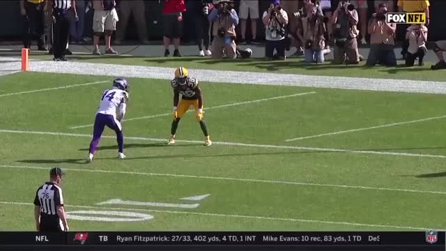 Watch and share Diggs 2-pt Conversion GIFs by whirledworld on Gfycat