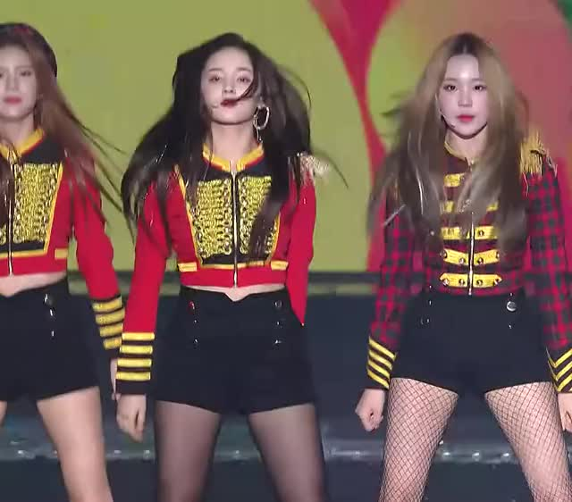 Watch 181225 SBS Gayo Daejeon MOMOLAND - BBoom BBoom GIF by Hyosung (@hyosung) on Gfycat. Discover more BBoom BBoom, Daisy, Gayo Daejeon, Gayo Daejun, JooE, Kpop, MOMOLAND, Nancy, SBS GIFs on Gfycat