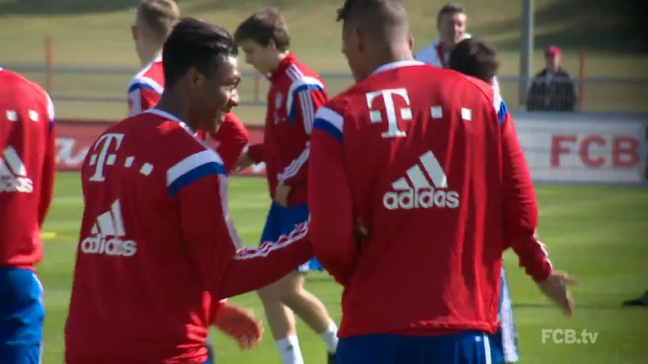 fcbayern, footbaww, Alaba and Boateng. Brothers from 2 other mothers. (reddit) GIFs