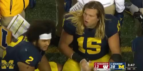 Watch Chase-182 GIF by MGoBlog (@mgoblog) on Gfycat. Discover more 2018, Chase Winovich, Football, Michigan, Wisconsin GIFs on Gfycat