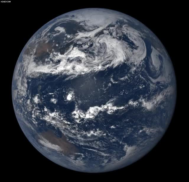 Watch and share Northern Hemisphere GIFs and Dscovr GIFs by Park  Youngjin on Gfycat