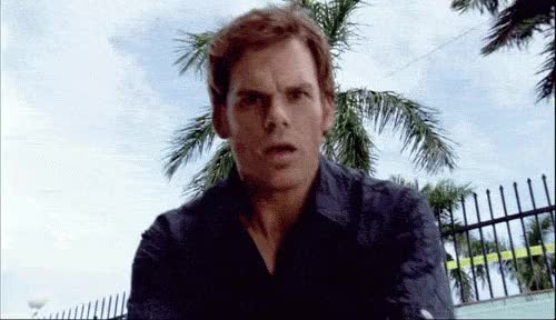 Watch and share Dexter Surpreso E Admirado Ao Se Deparar Com O Corpo 'limpo' E diz Em Pensamento: GIFs on Gfycat
