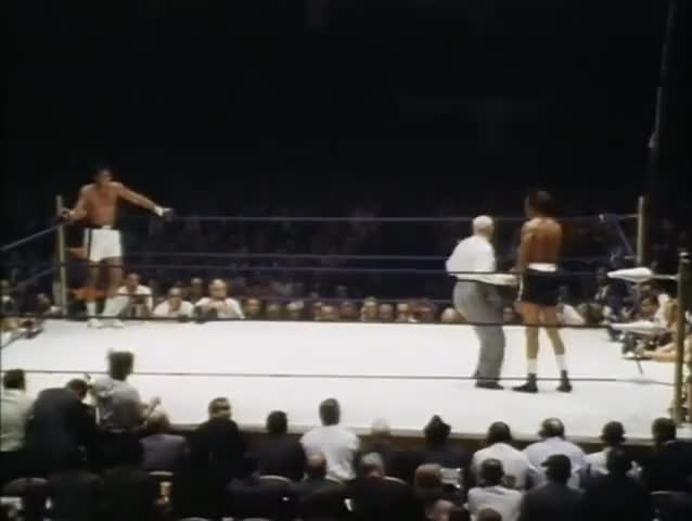 Watch this boxing GIF by @yhwhandson on Gfycat. Discover more boxing, sports GIFs on Gfycat