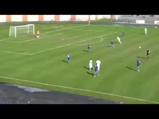 Watch and share Great Defending By The Rainy Ground GIFs on Gfycat