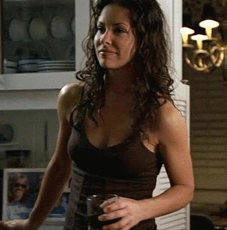 evangeline Lilly is gorgeously fuckable