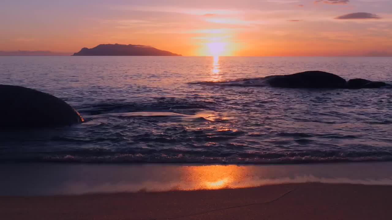 Beach, LANDSCAPE, Meditation, Outdoors, ambient, healing, heritage, horizon, krishna, music, nature, niv, ocean, relaxing, sound, sunset, trance, uhd, world, yoga, PERFECT SUNSET 60min 4K (Ultra HD) GIFs