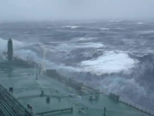 Watch Large super tanker ship in huge storm in Atlantic Ocean GIF by @sezar4321 on Gfycat. Discover more Autos & Vehicles, Large, Ocean, SailorboyMCMLXXV, Storm, Tanker (ship), VLCC GIFs on Gfycat