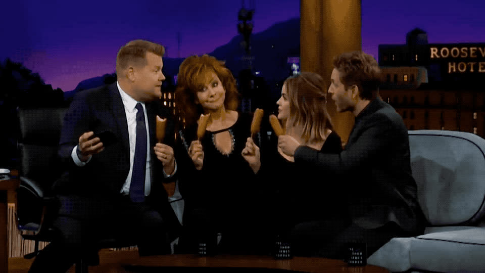 bite, corden, corn, dog, eat, food, hale, insta, instagram, james, junk, late, lucy, mcentire, photo, picture, reba, selfie, show, yummy, Selfie time GIFs
