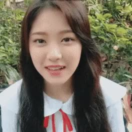 Watch and share Hyunjin GIFs and Loona GIFs by tonkyun_ on Gfycat