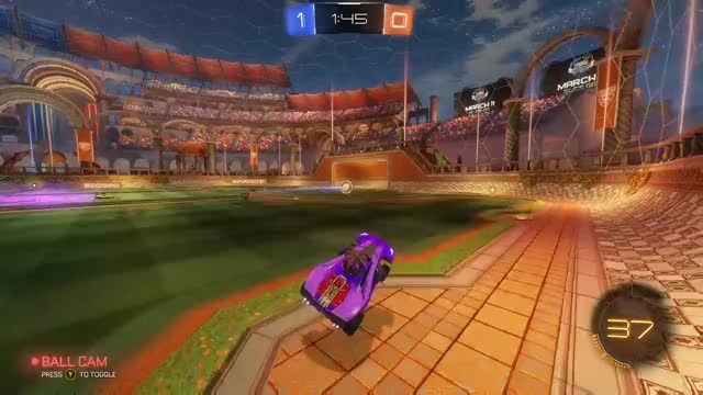eK Faux Five playing Rocket League