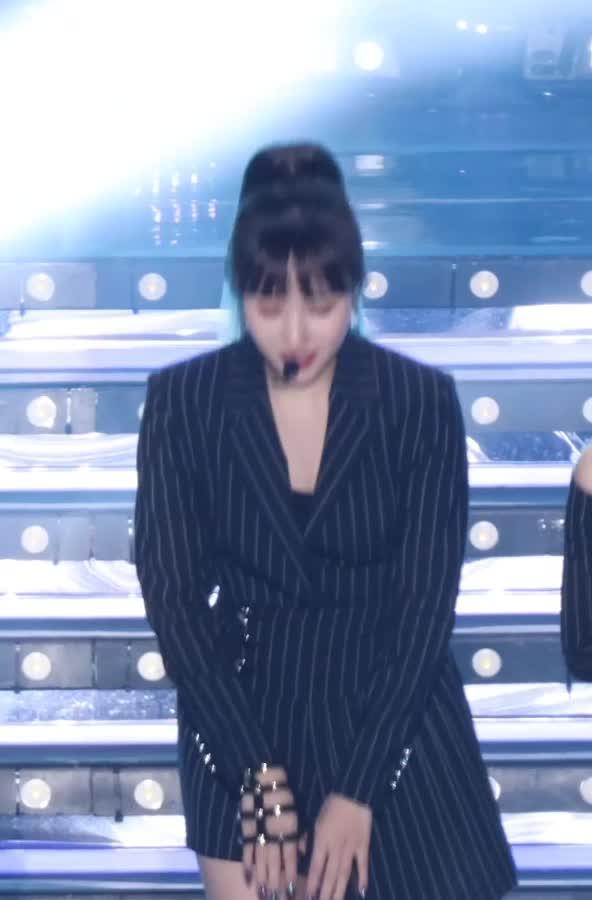 Watch and share Mina4 트와이스 미나 GIFs by koreaactor on Gfycat