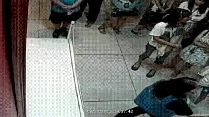 holdmyfries, instant_regret, 12 year old accidentally punches hole through a $1.5 million painting (reddit) GIFs