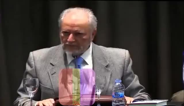 Watch and share JULIO ANGUITA Sobre El Conflicto Catalán, Sin Pelos En La Lengua.Simplemente Brutal! GIFs on Gfycat