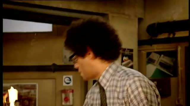 Watch The IT Crowd - Fire Extinguisher - Made in Britain GIF on Gfycat. Discover more Richard Ayoade, fire, the it crowd, todayilearned GIFs on Gfycat