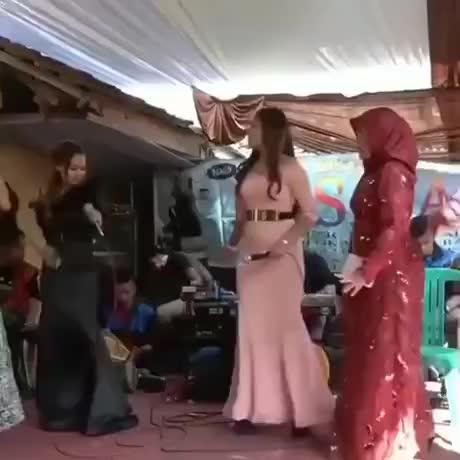Dance lee - gif