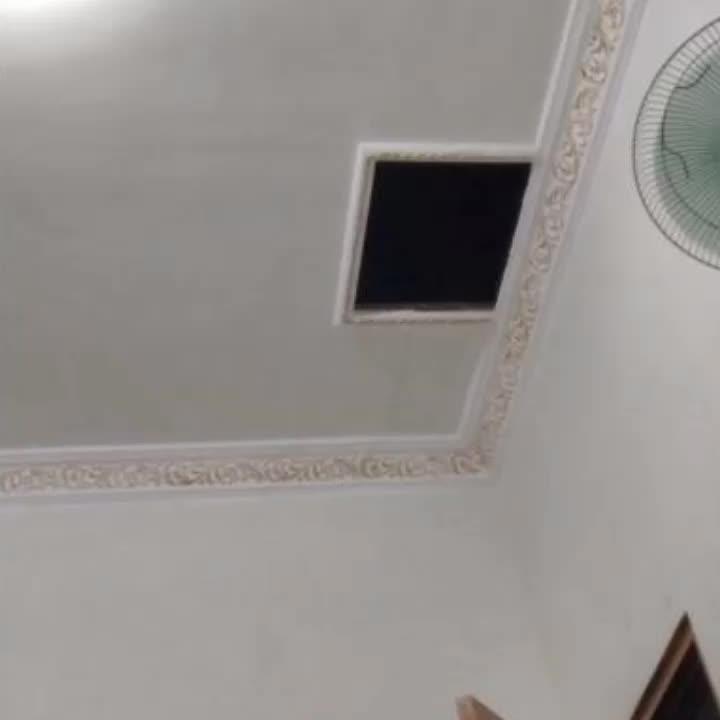 creepy, creepy ceiling GIFs