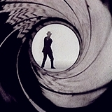 007, and i've seen it sometimes ranked as the best one ever but ehh no, goldfinger, james bond, mygifs, sean connery, shirley eaton, tbh i think this one is pretty overrated? like i remember liking it a lot when i was little, aves raras GIFs