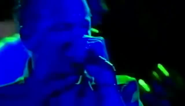 Linkin Park Points Of Authority Live The Roxy Theatre 2000 Gif Gfycat