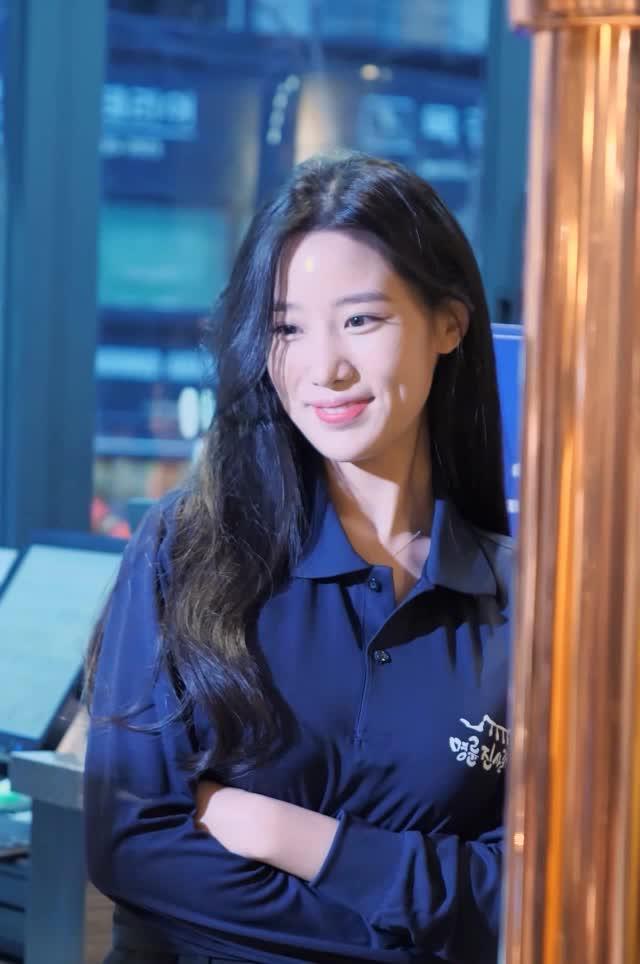 Watch and share 베리굿 조현 명륜진사갈비2 GIFs by koreaactor on Gfycat