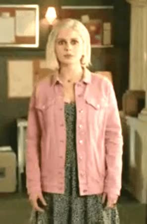 Watch and share Rose Mciver GIFs and Liv Moore GIFs by Necropixistix on Gfycat