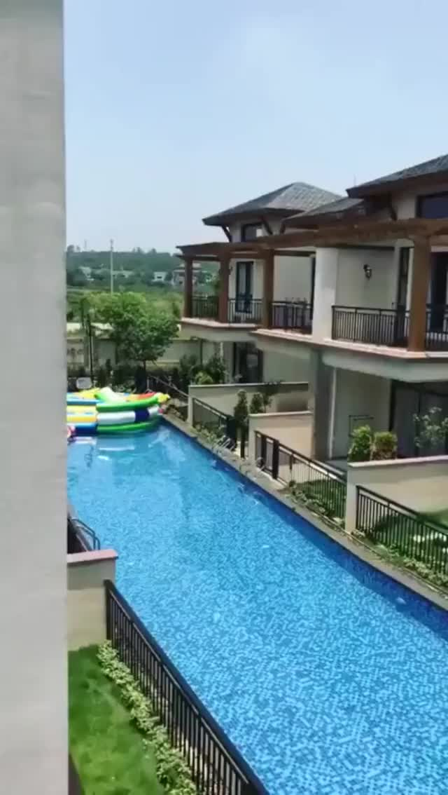Watch and share Shared Pool At A Housing Complex In China GIFs by t-h-a-t-o-n-e-8-6 on Gfycat